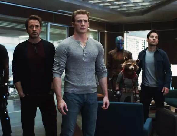 AVENGERS ENDGAME Released !! Here's How People Reacting For